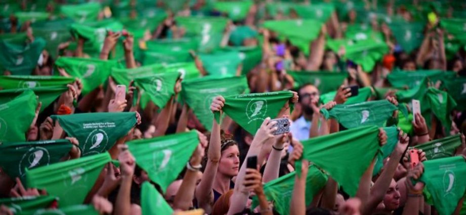 Argentine president Fernández to send bill legalising abortion to National Congress within 10 days
